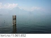 Купить «Женевское озеро», фото № 1061652, снято 23 апреля 2009 г. (c) Наталия Таран / Фотобанк Лори