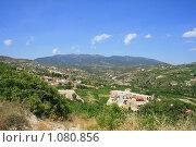 Купить «Кипр - увидеть и влюбиться. Гористая местность и буйная растительность», фото № 1080856, снято 30 июня 2009 г. (c) Дамир / Фотобанк Лори