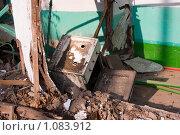 Купить «Ветхое жильё...», фото № 1083912, снято 3 сентября 2009 г. (c) WalDeMarus / Фотобанк Лори