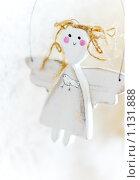 Купить «Деревянная кукла-ангел», фото № 1131888, снято 18 марта 2007 г. (c) Давид Мзареулян / Фотобанк Лори