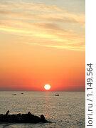 Восход на море. Стоковое фото, фотограф Виктор Пашин / Фотобанк Лори
