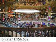 """Торговый центр """"Охотный ряд"""" (2009 год). Редакционное фото, фотограф Алёшина Оксана / Фотобанк Лори"""