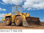 Купить «Бульдозер», фото № 1162316, снято 8 октября 2009 г. (c) Дмитрий Калиновский / Фотобанк Лори
