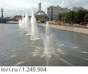 Фонтаны Водоотводного канала (2009 год). Редакционное фото, фотограф Владимир Тарасов / Фотобанк Лори