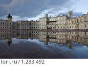 Купить «Гатчина. Гатчинский дворец», эксклюзивное фото № 1283492, снято 10 октября 2009 г. (c) Литвяк Игорь / Фотобанк Лори
