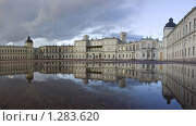Купить «Гатчина. Гатчинский дворец», эксклюзивное фото № 1283620, снято 10 октября 2009 г. (c) Литвяк Игорь / Фотобанк Лори