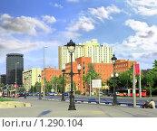 Купить «Городской вид современной  Барселоны, Испания», фото № 1290104, снято 28 августа 2008 г. (c) Vitas / Фотобанк Лори