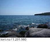 Купить «Каменистый берег моря», фото № 1291980, снято 12 августа 2009 г. (c) Марина / Фотобанк Лори