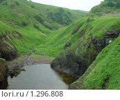 Ущелье с озером. Стоковое фото, фотограф Таир Сейтхалилов / Фотобанк Лори