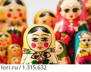 Купить «Матрёшка, русский сувенир», фото № 1315632, снято 31 октября 2009 г. (c) Сергей Плахотин / Фотобанк Лори