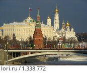 Купить «Москва. Кремль. Большой Каменный мост», эксклюзивное фото № 1338772, снято 1 января 2010 г. (c) lana1501 / Фотобанк Лори