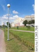 Купить «Улица, фонари. Омск», фото № 1341764, снято 29 августа 2009 г. (c) Валерий Лифонтов / Фотобанк Лори