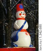 """Купить «Снеговик в парке """"Сокольники"""", Москва», эксклюзивное фото № 1342680, снято 4 января 2010 г. (c) lana1501 / Фотобанк Лори"""