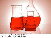 Купить «Химические колбы», фото № 1342852, снято 8 февраля 2009 г. (c) Наталия Евмененко / Фотобанк Лори