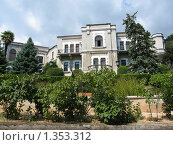 Купить «Юсуповский дворец, Крым, Кореиз», фото № 1353312, снято 6 сентября 2009 г. (c) ИВА Афонская / Фотобанк Лори