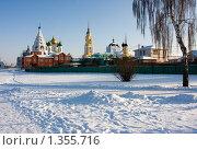 Купить «Вид на Соборную площадь. Коломна», фото № 1355716, снято 4 января 2010 г. (c) ФЕДЛОГ / Фотобанк Лори