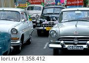 Купить «Ретроавтомобили», фото № 1358412, снято 30 мая 2009 г. (c) Алексей Суворов / Фотобанк Лори