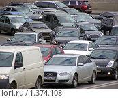 Купить «Москва. Дороги. Транспорт», эксклюзивное фото № 1374108, снято 18 сентября 2009 г. (c) lana1501 / Фотобанк Лори