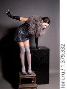 Девушка в чулках. Стоковое фото, фотограф Куршубадзе Нелли / Фотобанк Лори