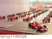 Купить «Игрушечный гоночный автомобиль формула 1 Феррари», фото № 1410628, снято 9 июля 2008 г. (c) Александр Косарев / Фотобанк Лори