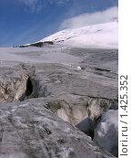 На ледовых полях Эльбруса (2007 год). Редакционное фото, фотограф Валерий Шевяков / Фотобанк Лори