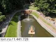 Купить «Гомель, Беларусь, пруд в парке», фото № 1441728, снято 28 июля 2009 г. (c) Владимир Фаевцов / Фотобанк Лори