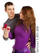 Купить «Влюбленная пара», фото № 1451908, снято 24 февраля 2008 г. (c) Валентин Мосичев / Фотобанк Лори