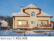 Частный дом зимой (2010 год). Редакционное фото, фотограф Ярослава Синицына / Фотобанк Лори