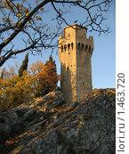 Сан-Марино. Сторожевая башня в лучах заходящего солнца (2007 год). Стоковое фото, фотограф Александр Справников / Фотобанк Лори