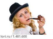 Купить «Блондинка в шляпе с трубкой», эксклюзивное фото № 1481600, снято 2 февраля 2010 г. (c) Куликова Вероника / Фотобанк Лори
