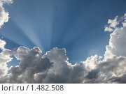 Облака и солнечные лучи. Стоковое фото, фотограф Евгений Гультяев / Фотобанк Лори