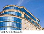 Купить «Современный жилой дом», фото № 1483228, снято 14 сентября 2006 г. (c) Алексей Хромушин / Фотобанк Лори