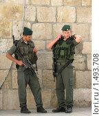 Иерусалим. Израильские полицейские на улице города (2009 год). Редакционное фото, фотограф Александр Справников / Фотобанк Лори