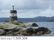 Островок в норвежском фьорде. Стоковое фото, фотограф Стехновская Ольга / Фотобанк Лори