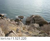 Купить «Скалистый берег», фото № 1521220, снято 22 ноября 2009 г. (c) Дмитрий Шепель / Фотобанк Лори