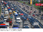 Движение на МКАД, пробка. Зной, эксклюзивное фото № 1541520, снято 30 мая 2009 г. (c) Алёшина Оксана / Фотобанк Лори