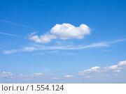 Купить «Голубое небо  в летний день», фото № 1554124, снято 31 июля 2009 г. (c) ElenArt / Фотобанк Лори