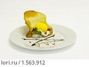 Пирожное. Стоковое фото, фотограф Ilya Tikhanovsky / Фотобанк Лори