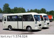 Купить «Новые автобусы», фото № 1574024, снято 22 июня 2008 г. (c) Art Konovalov / Фотобанк Лори