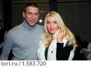 Купить «Виджей Арчи со спутницей», фото № 1583720, снято 22 октября 2009 г. (c) Заева Наталия / Фотобанк Лори