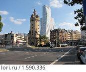 Парадокс архитектуры во Франкфурте-на-Майне (2009 год). Стоковое фото, фотограф Бычков Михаил / Фотобанк Лори