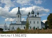 Купить «Женский монастырь, село Годеново», фото № 1592872, снято 12 сентября 2009 г. (c) Миленин Константин / Фотобанк Лори