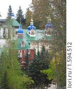 Вид Свято-Успенского Псково-Печерского монастыря (2009 год). Стоковое фото, фотограф Неробова Лидия / Фотобанк Лори