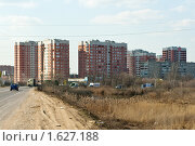 Купить «Вид на новостройки в городе Щербинка», фото № 1627188, снято 12 апреля 2010 г. (c) Цветков Виталий / Фотобанк Лори