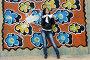 Девушка у стены с граффити, фото № 1635420, снято 17 апреля 2010 г. (c) Ткачёва Ольга / Фотобанк Лори