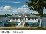 Купить «Плёс. Пристань», фото № 1655036, снято 26 мая 2019 г. (c) Окапи Вячеслав / Фотобанк Лори