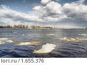 Последний лед на Неве (2010 год). Стоковое фото, фотограф Галина Ермолаева / Фотобанк Лори