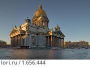 Купить «Исаакиевский собор. Санкт-Петербург», эксклюзивное фото № 1656444, снято 15 апреля 2010 г. (c) Александр Алексеев / Фотобанк Лори