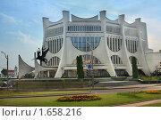 Купить «Драматический театр города Гродно», фото № 1658216, снято 3 августа 2009 г. (c) Aleksander Kaasik / Фотобанк Лори