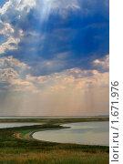 Купить «Искусственные озера на Арабатской стрелке», фото № 1671976, снято 23 июля 2007 г. (c) Aleksander Kaasik / Фотобанк Лори